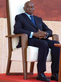 Présidentielle de 2012 : Les parlementaires libérales jurent de réélire Wade dès le premier tour