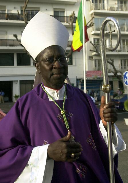 FACE AUX SCANDALES À RÉPÉTITION ET À L'AGGRAVATION DE LA CORRUPTION: Le chef de l'Église prévient contre «le cancer de l'argent et du pouvoir»