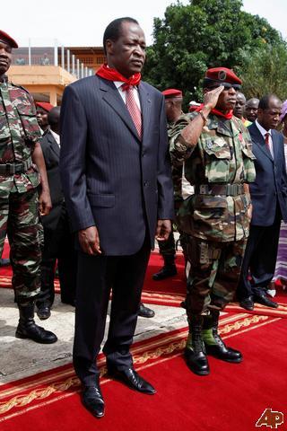 La junte propose un gouvernement d'ouverture avec Dadis au pouvoir