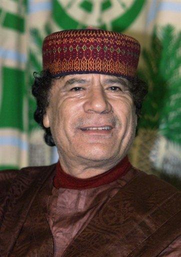 Le leader libyen est le roi du cocktail détonant