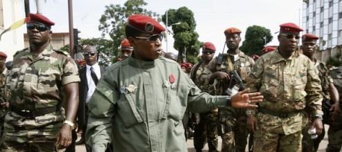 Des mercenaires sud-africains entraînent des éléments de l'armée guinéenne