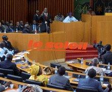 PROPOSITION DE LOI A L'ASSEMBLÉE NATIONALE : Le Premier ministre et les ministres invités à un oral deux fois par mois