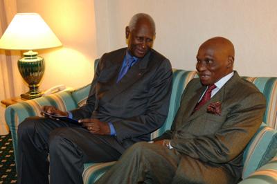 Syndrome de la chute de Diouf : Wade au milieu de ceux qui avaient assisté à la « veillée funèbre » du régime socialiste