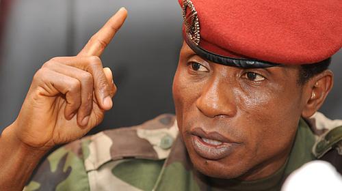 Guinée : Dadis préfère l'avion de Blaise Compaoré à celui médicalisé de Wade