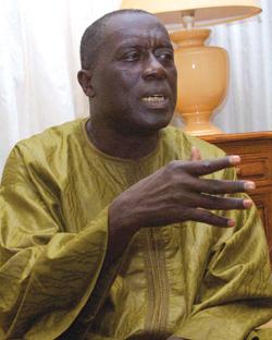 Révision du code électoral : Landing Savané refuse qu'un groupe de « comploteurs » le représente