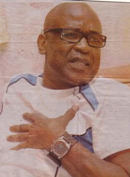 DESTRUCTION DE BIENS APPARTENANT A AUTRUI: Le politologue Abdoul Aziz Diop va poursuivre Aziz Samb devant les tribunaux