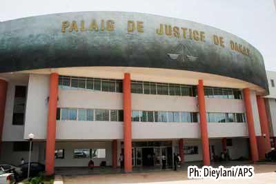 Escroquerie au jugement au préjudice de Bernadette Christine Folcons : El Hadj Alioune Barr plaide coupable et encourt quatre mois