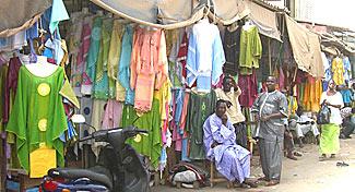 HLM: Opérations de déguerpissement avec l'accord des commerçants
