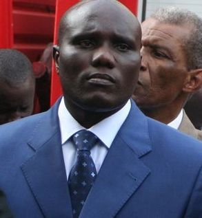 UN HUISSIER DE JUSTICE AU TRIBUNAL : La comparution du neveu de Me Wade Lamine Faye exigée