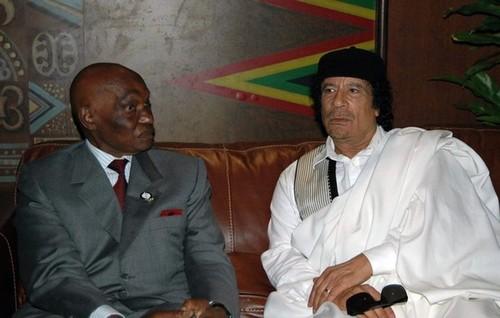 Prétendu soutien de Kadhafi au monument de la renaissance : le président Wade à côté de la plaque