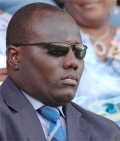 A cause de la non-comparution du neveu du chef de l'Etat Lamine Faye: Le juge allonge le séjour carcéral de l'huissier de justice Ousseynou Mbodj