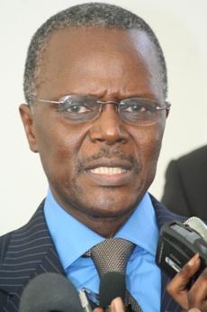 Entretien avec Ousmane Tanor Dieng: 'Quand Wade soutient qu'il y a une tendance au niveau mondial pour revenir à un seul tour, il a tout faux'