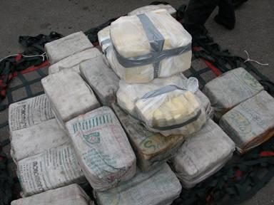 TRAFIC TRANSFRONTALIER DE DROGUE DURE: La douane met la main sur 2 kg de cocaïne à Mpack et recherche le convoyeur