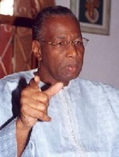 ABDOULAYE BATHILY AUX JALLARBISTES DE GUEDIAWAYE: «La chute de Wade est proche»