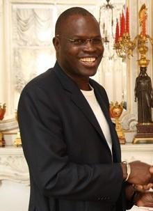 Réhabilitation des feux de signalisation : La mairie de Dakar et la banque islamique signent un accord de financement