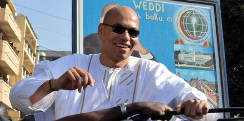 Test politico-linguistique pour le fils du président : Karim va parler le wolof à Diourbel samedi