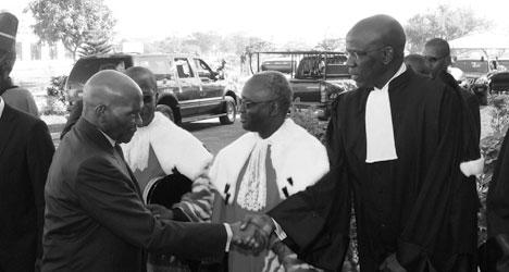 Rentrée Solennelle Des Cours Et Tribunaux: Le président Wade démasque Me Mame Adama Guèye