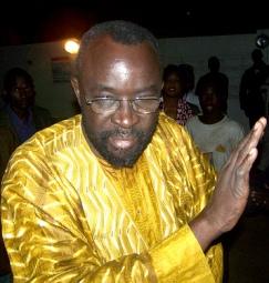 GESTION DES CHANTIERS DE TOUBA: Moustapha Cissé Lô exige un audit