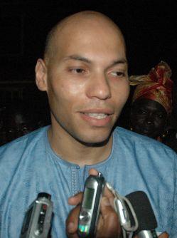 Rendez-vous manqué de Diourbel : Karim Wade fuit le wolof