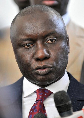 PDS : Farba Senghor caresse Idrissa Seck