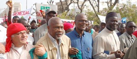 CONTRE LES «VIOLENCES DU POUVOIR»: Bennoo appelle à une marche nationale et à la constitution d'un large front