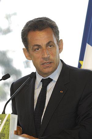 """Sarkozy : """"Je ne laisserai pas la France désarmée"""" face aux clandestins"""