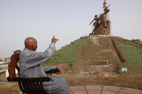 SENEGAL: Abdoulaye Wade préfère sa statue aux Sénégalais