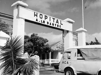 Professeur El Hadji Niang (Chef du service Radiologie du Chu) : «L'hôpital Le Dantec est un mouroir»