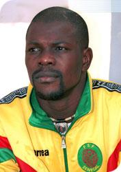 PRÉPARATEUR DES GARDIENS DES LIONS : Oumar Diallo offre ses services