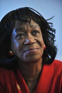 La tante d'Obama pourrait être expulsée des États-Unis