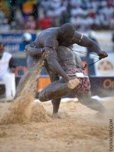 LUTTE SENEGALAISE : Les aberrations du système de sponsoring