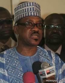 Niamey ferme son aéroport : L'avion du ministre Madické Niang se pose à Ouaga