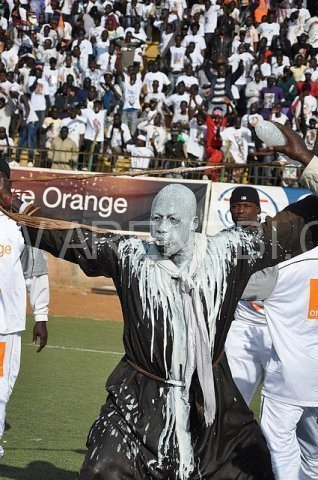 Photos le mystique est il vraiment d terminant en for Interieur sport lutte senegalaise