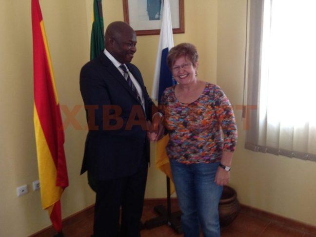[PHOTOS] Espagne : Alioune Badara Cissé met son séjour au profil de la communauté sénégalaise de Fuerteventura.