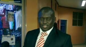 Aziz Ndiaye ficèle quatre nouvelles affiches