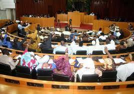 LEVEE DE L'IMMUNITE DES DEPUTES LIBERAUX Les « juges » parlementaires installés dans la confusion