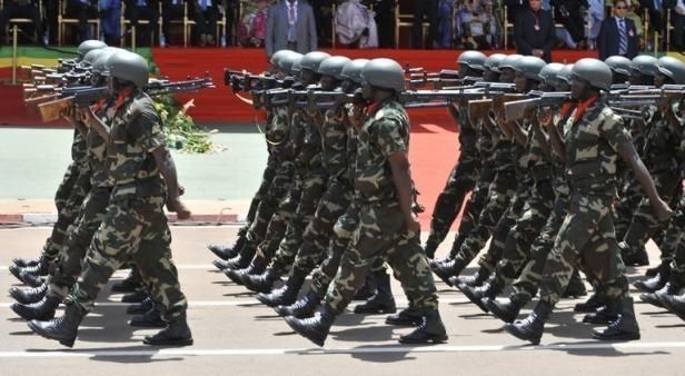INTERNATIONAL - La France apporte, depuis vendredi, son soutien armé à la contre-attaque de l'armée malienne face aux islamistes...