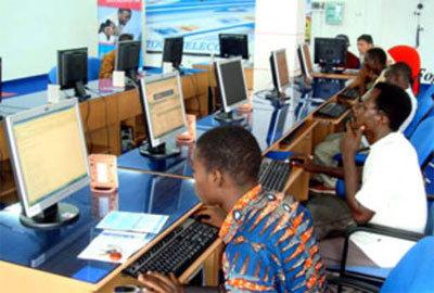 CYBERCRIMINALITE - TENTATIVE D'ESCROQUERIE, SEJOUR IREREGULIER, ASSOCIATION DE MALFAITEURS… : Quatre Nigérians tombent avec 2,7 milliards de francs