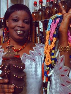 FATOU LAOBE : Une «sexologue» bien de chez nous