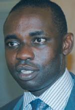 Samuel Sarr Ministre de l'énergie: le Senegal pourrait devenir producteur de pétrole