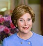 VISITE D'AMITIÉ : Laura Bush accueillie par Mme Viviane Wade