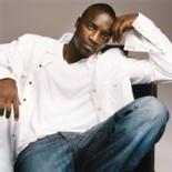 'Konfidence Foundation' : El Hadji Diouf et Akon s'investissent dans les actions humanitaires