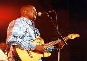 FESTIVAL LAFI BALA: Ismaël Lô chante l'hymne de la fraternité des peuples