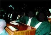 ASSISTANCE JUDICIAIRE - RUEE SUR UN APPÂT DE 400 MILLIONS: Les avocats salivent pour les assises