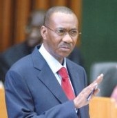Il n'en pipe mot : Le chef du gouvernement s'écarte des Tgv