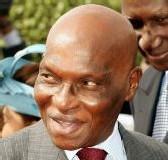 Pose de la première pierre du complexe commercial ''Me Abdoulaye Wade''