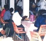 Pour échapper aux 'Regards' durant le Ramadan : La clientèle des restaurants se convertit à la religion 'Baye Fall'