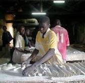 LE PRIX DU PAIN AUGMENTE DE 25Fcfa: Les boulangers reprennent la vente et introduisent une nouvelle baguette 'Dieg'