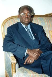 MOUSTAPHA NIASSE AU SUJET DE LA CRISE INSTITUTIONNELLE « Aucun parti n'a le droit de traduire ses problèmes internes en lois et règlements »