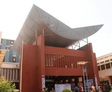 CINQUANTE ETUDIANTS DE L'UCAD FETES A SORANO : Me Wade veut une deuxième université à Dakar